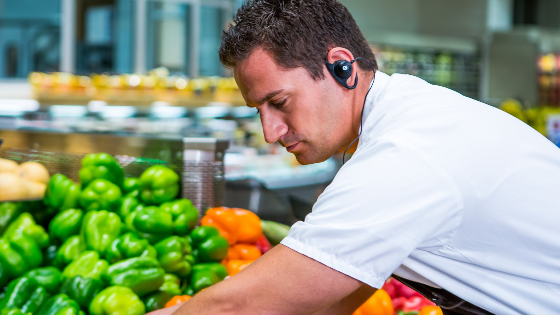 Retail: Two-way radios for supermarkets