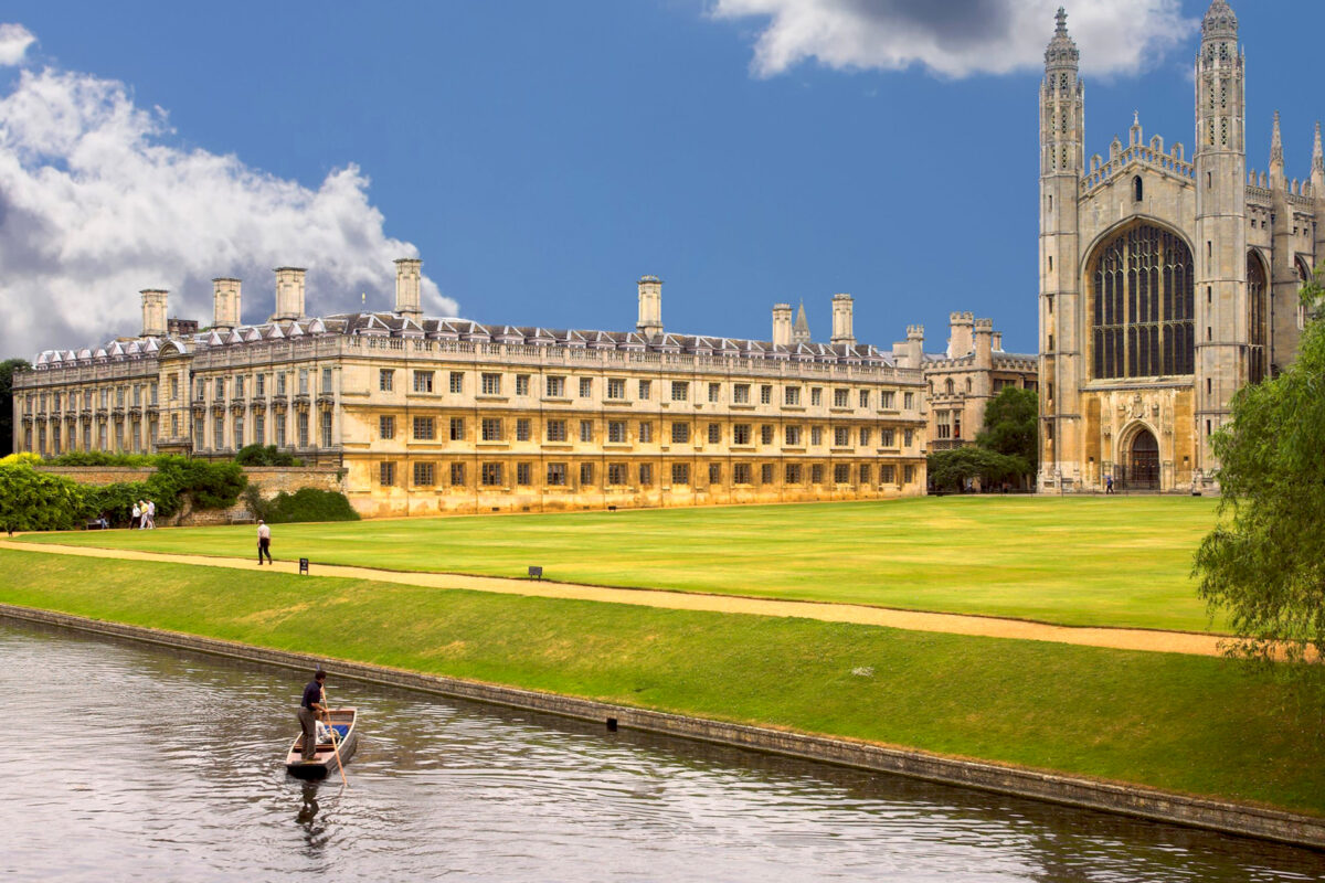 Safeguarding Students at Cambridge University with MOTOTRBO™