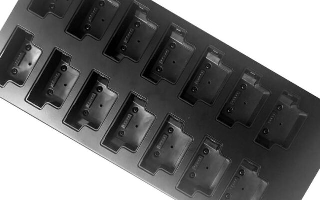 Motorola Solutions VideoBadge VB400 14-port dock, PSU and UK power cable