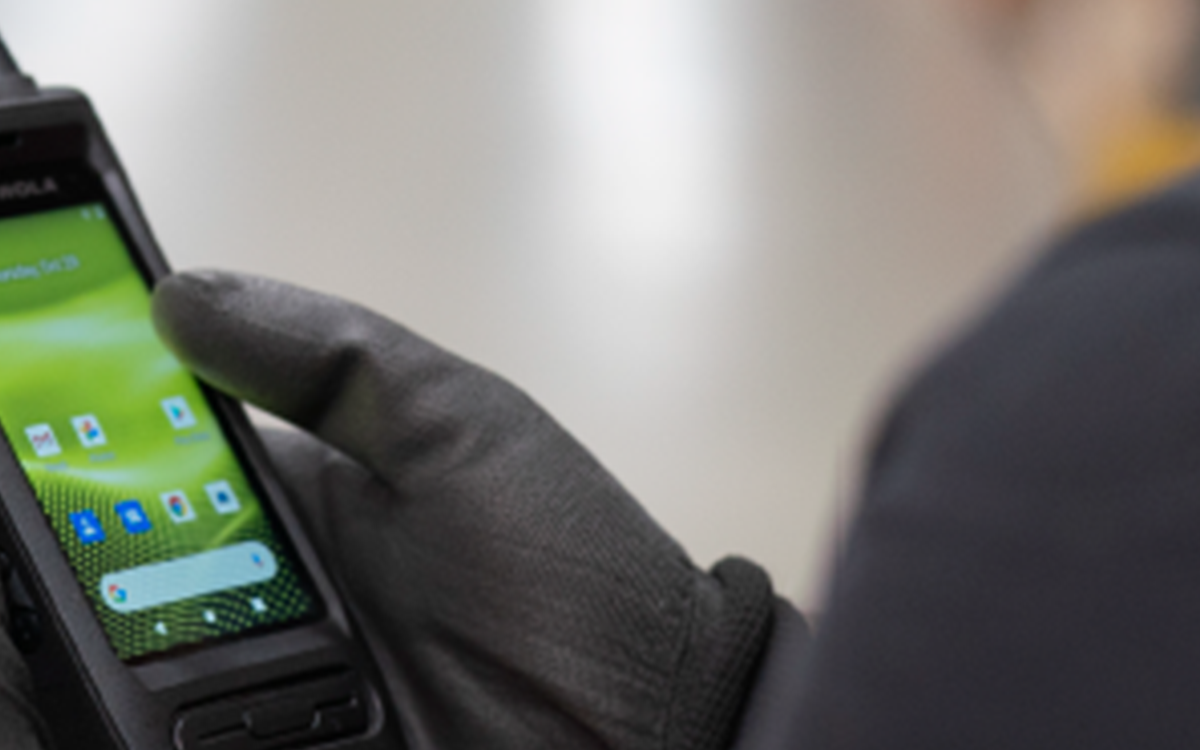 INTRODUCING THE MOTOTRBO™ ION FROM MOTOROLA SOLUTIONS